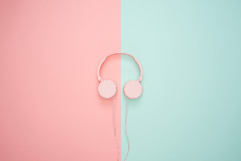 Tie sydämeen käy korvien kautta – Tue brändimielikuvaa äänimaailmalla